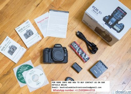 Цифровые фотоаппараты: Selling Canon 5D Mark III / Mark IV with 24-105mm lens